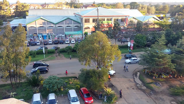 Uchumi, among others on the background was much better